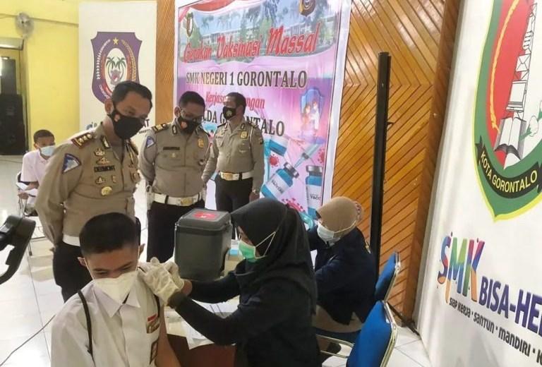 Vaksinasi Polda Gorontalo Sasar kalangan Pelajar dan Masyarakat Umum