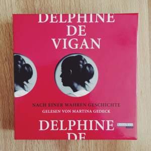 delphinedevigan