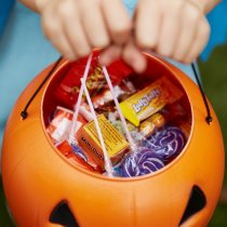 Don't Be Tricked by Treats! 5 Ways to Avoid 5 Pounds