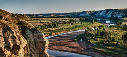 North Dakota's Theodore Roosevelt National Park sits in the heart of the heavily fracked Bakken shale formation. (photo: National Park Service/EcoWatch)