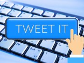 'Tweet It' button with just HTML Code