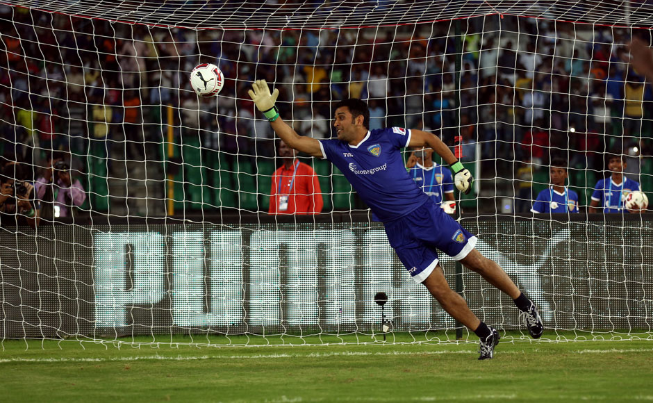 M S Dhoni as a Goal Keeper