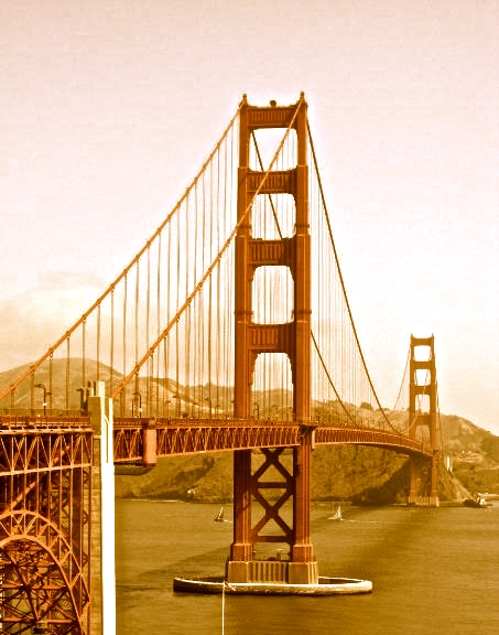 A sepia toned picture of the Golden Gate Bridge in San Francisco