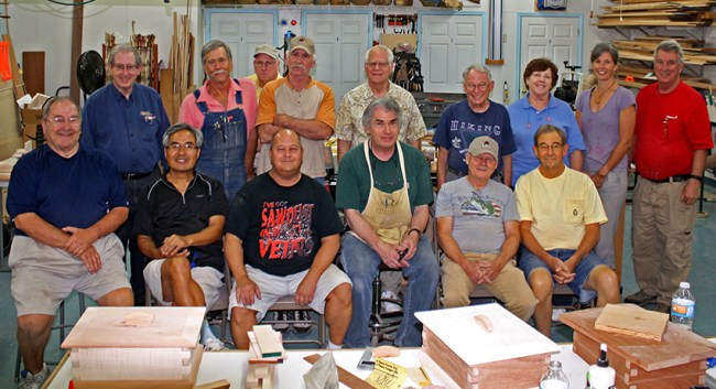 Bob Lang with Gwinnett Woodworkers Association class