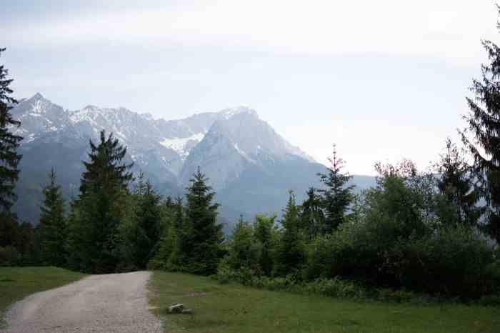Hike to Mount Wank - an easy hike close to Munich