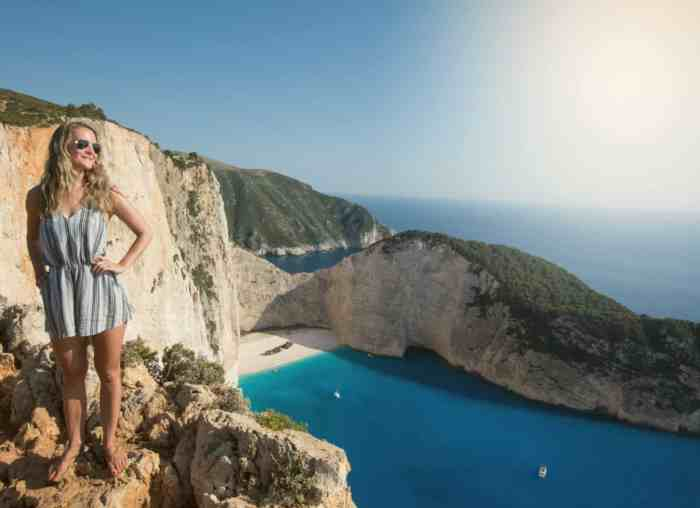How to get to the viewpoint of Navagio beach, shipwreck beach