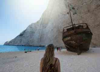Is the boat tour to Shipwreck Beach worth it?