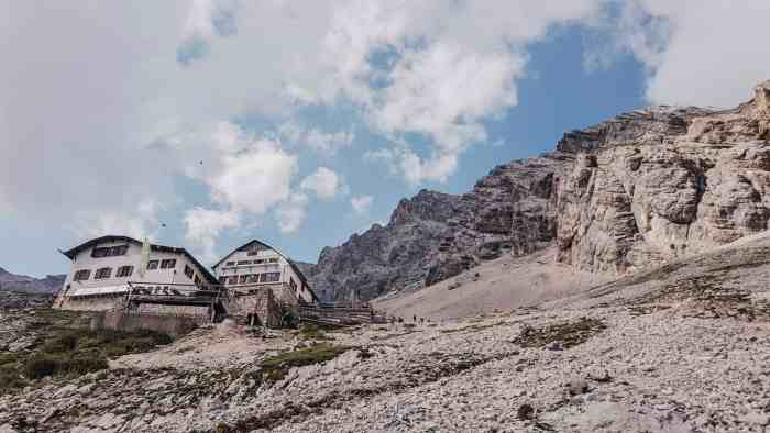 Hike to Zugspitze, the highest mountain of Germany - all you need to know about a 2-day-hike Zugspitze