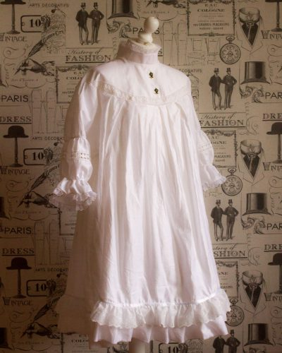 Victorian Smock Dress in Cotton 1