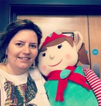Love a good S'elf'ie. #selfie #elfie #elfforchristmas #elifieselfie #blogonmsi