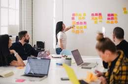 Différence entre compétence et qualité professionnelle exemples