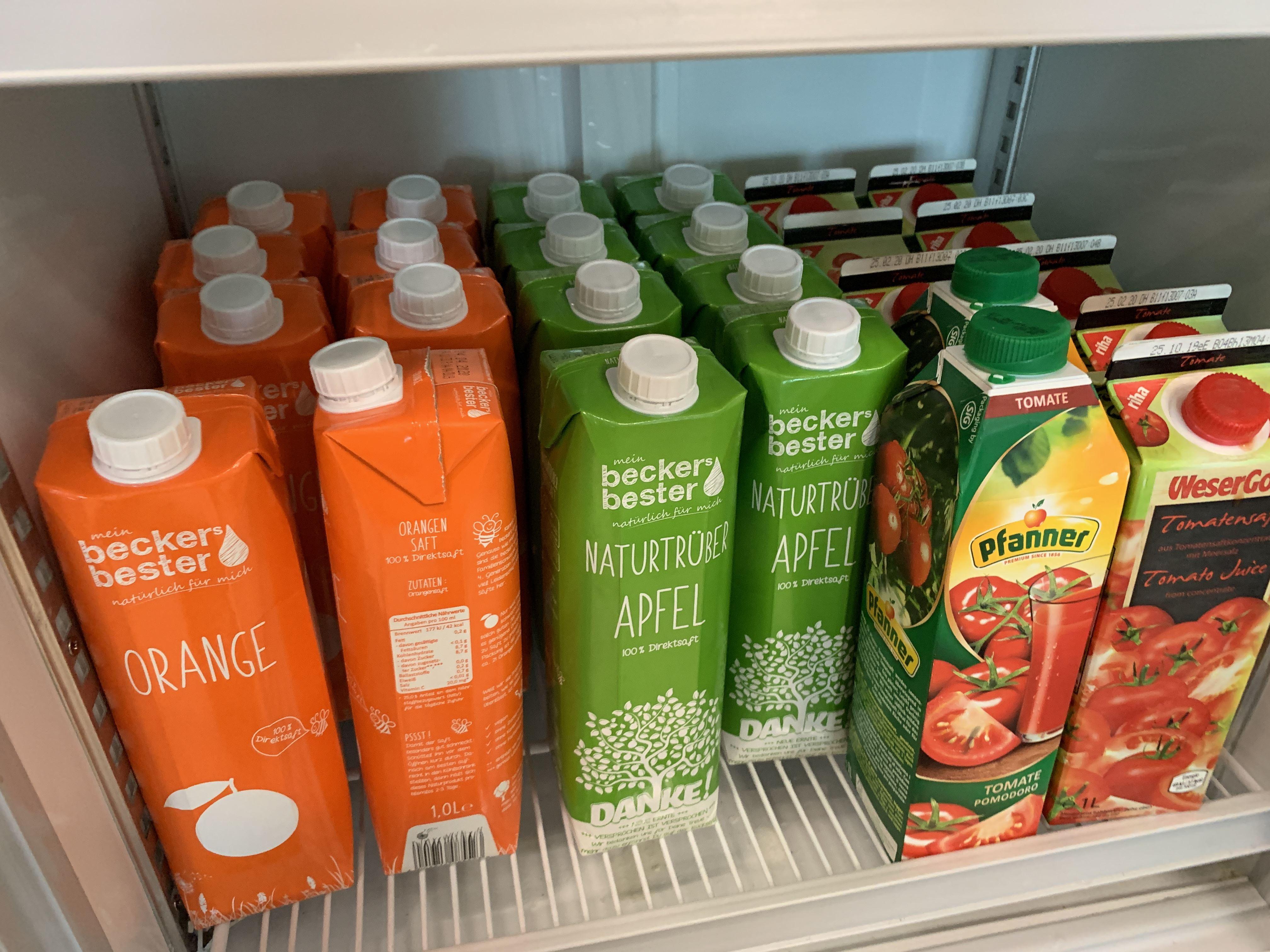 Juice Berlin Schönefeld Airport Priority Pass Lounge