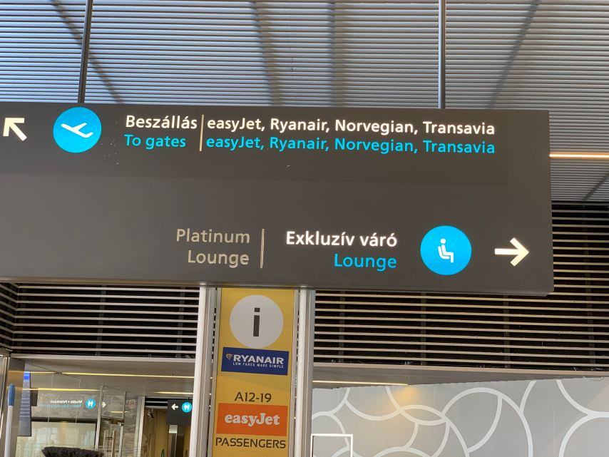 Budapest Priority Pass Platinum Lounge Sign