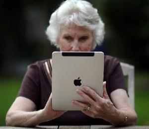 old-woman-ipad