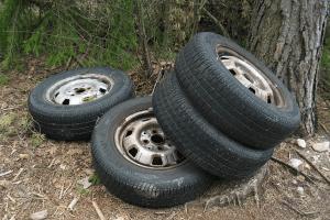 car tires wikimedia