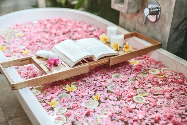 Everyone deserves a calming and stress-free life, however, that's not the reality in which any of us live. Stress happens. Life happens. But when it does, an herbal tea bath could be the soothing ritual needed to unwind.