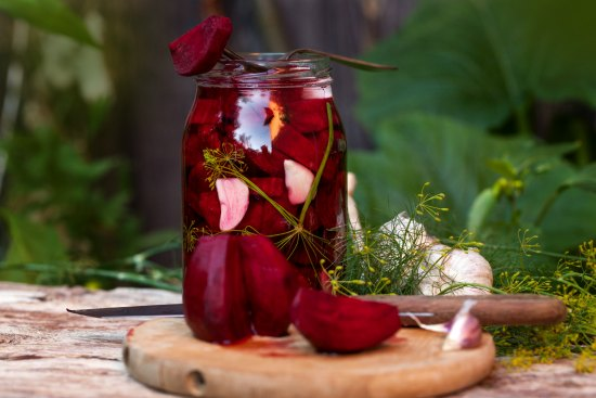 How To Guide: Canning Pickled Beets