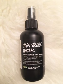 I am a huge fan of Lush. From their bath bombs, to their face masks, shampoos and beyond! This Tea Tree Water is a classic and a must-have toner. The natural ingredients mean it isn't as astringent as other toners, but is still very effective! Spray it directly on to your face or onto a cotton ball to remove excess dirt after cleansing, while tightening pores.