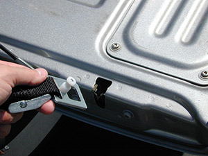 new-tundra-tacoma-latch-1-sm