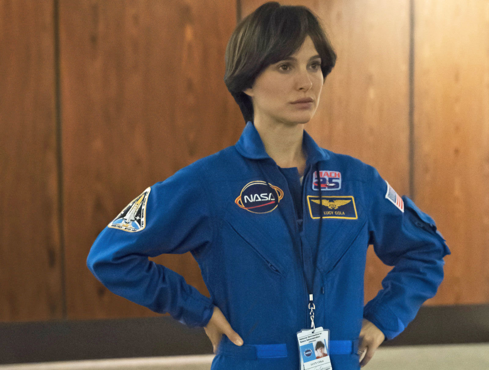 lucy in the sky teaser trailer  1 sees natalie portman