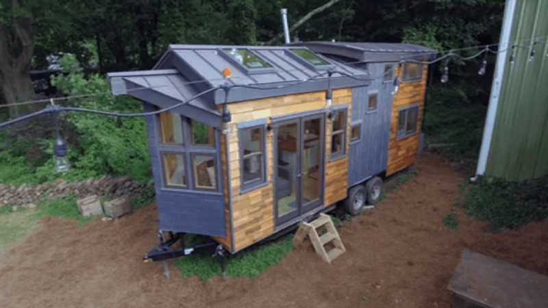 Tiny House Nation Netflix Review Does Size Have To Matter Rsc