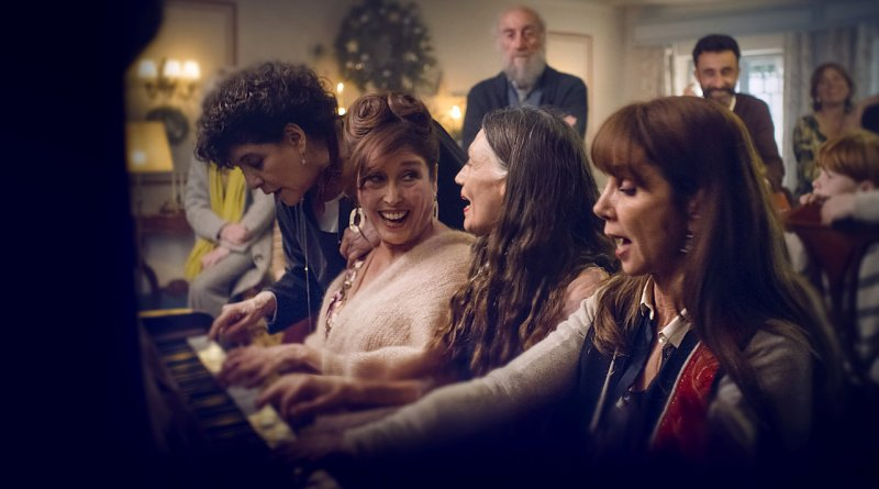 Netflix Series Three Days of Christmas Season 1