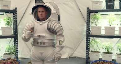 Netflix series Space Force season 1, episode 4 - LUNAR HABITAT recap