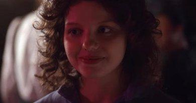Netflix series Trinkets season 2, episode 4 - Ghouls Just Wanna Have Fun