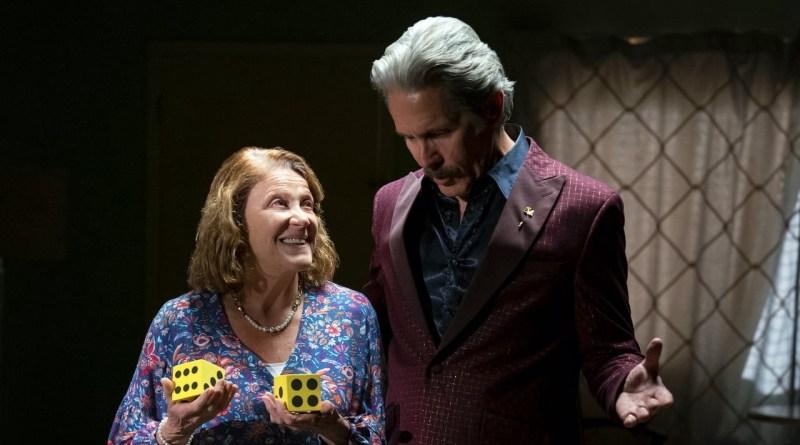 """Room 104 season 4, episode 8 recap - """"No Dice"""""""