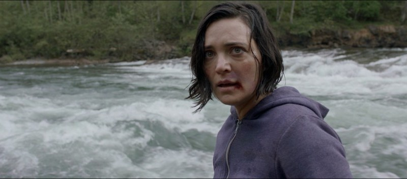 Alone review - I wish there weren't so many films like this, but this is a good one