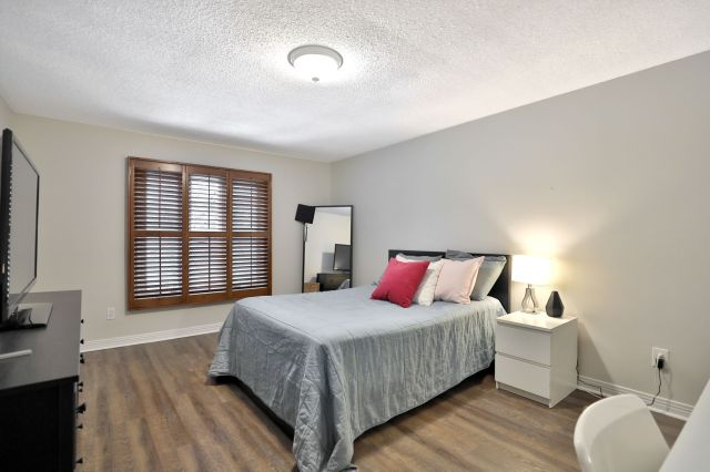20 - Recently sold on Hamilton Central Mountain