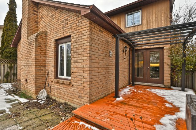 29 - Recently sold on Hamilton Central Mountain