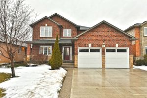 01 1 - Penfold Court, Mount Hope, Home for Sale