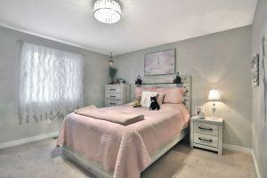 25 - Penfold Court, Mount Hope Bedroom