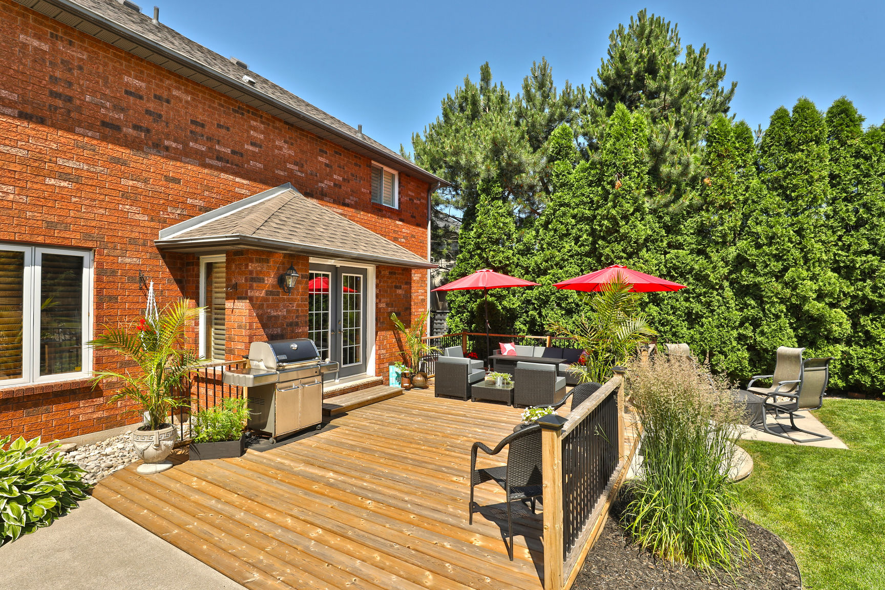 85 Galley back patio 1 - Recently SOLD in Ancaster