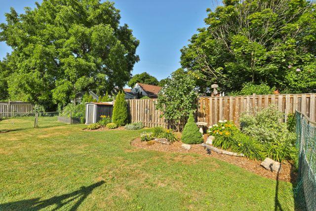 hamilton 258 east 18th gardens 1024x683 - Recently SOLD Central Hamilton Mountain