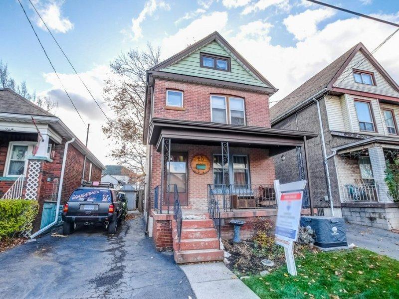 20 Primrose Hamilton Ontario front2 - Exploring Glanbrook ~ One Neighbourhood at a time ~ Mount Hope