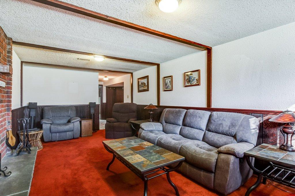 86 Eastbury Stoney Creek rec room2 - Recently SOLD in Stoney Creek