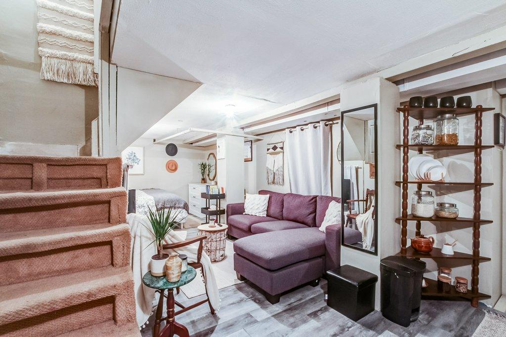 103 Beechwood Hamilton bedroom1e 1 - Recently SOLD in Central Hamilton