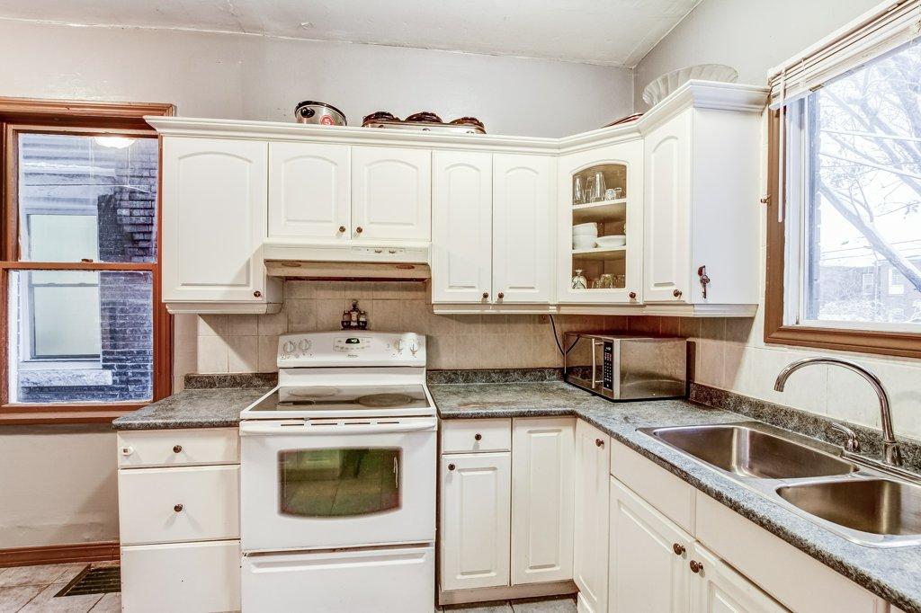 103 Beechwood Hamilton kitchen3 - Recently SOLD in Central Hamilton