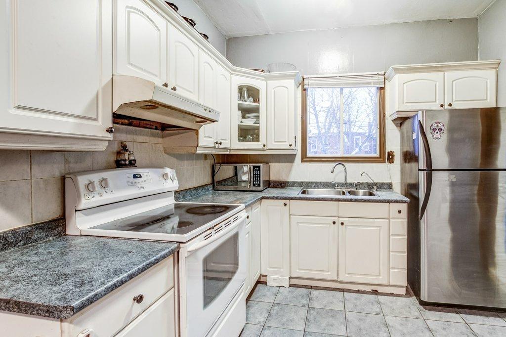 103 Beechwood Hamilton kitchen4 - Recently SOLD in Central Hamilton