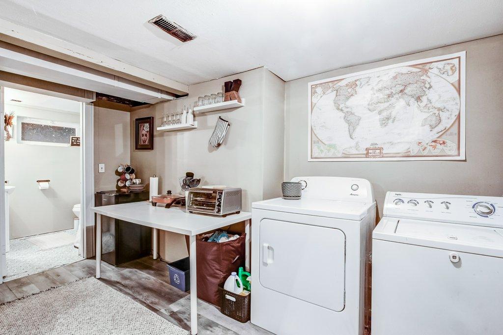 103 Beechwood Hamilton laundry - Recently SOLD in Central Hamilton