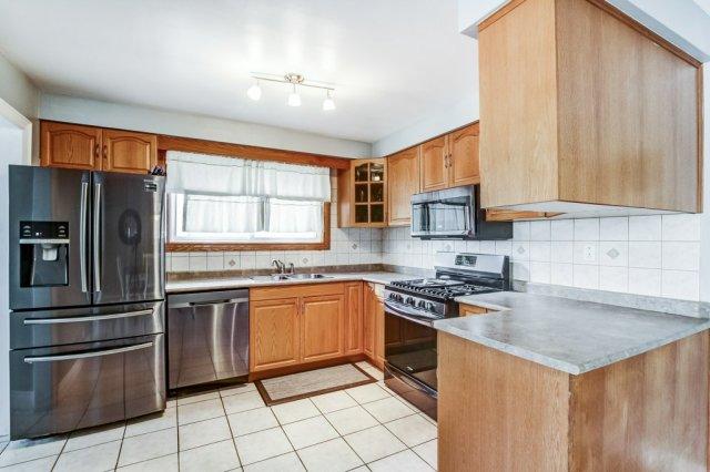 772 Limeridge E Hamilton kitchen 1 - Recently SOLD - Central Hamilton Mountain