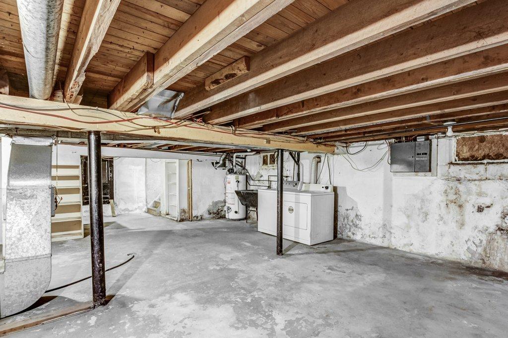 026 546 Quebec Hamilton basement4 - 546 Quebec St, Hamilton