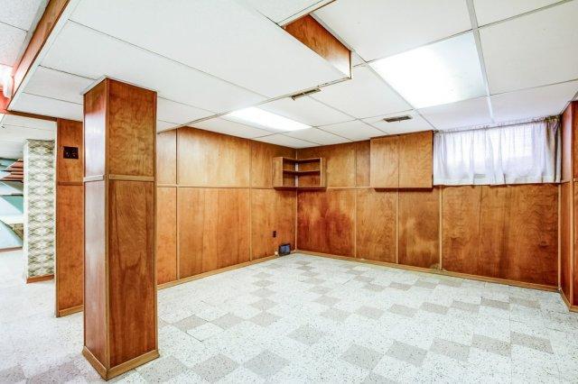 028 136 Auburn Hamilton basement2 - Recently SOLD - East Hamilton