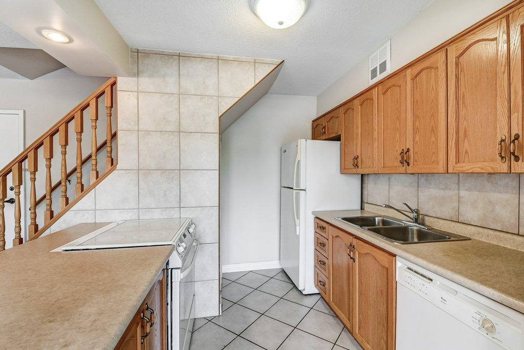 012 10 John Dundas kitchen 1 - Recently SOLD in Dundas