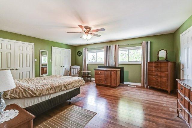 022 716 Upper Paradise Hamilton bedroom3 - 716 Upper Paradise Road, Hamilton