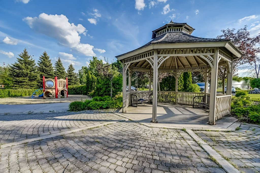 029 1008 2585 Erin Centre Mississauga pagoda - Recently SOLD in Mississauga