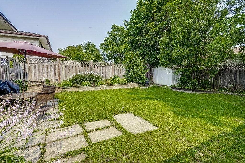 034 164 Bonaventure Hamilton back yard2 - Recently SOLD ~ West Hamilton Mountain