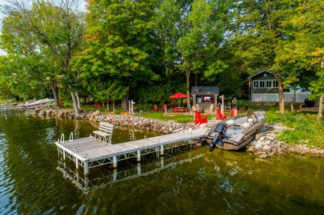006 26 fire rte 103 bobcaygeon ON dock3 - WATERFRONT ~ 4 SEASON COTTAGE FOR SALE ON PIGEON LAKE